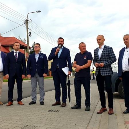 Uroczysty odbiór wyremontowanych dróg w gm. Radzanowo