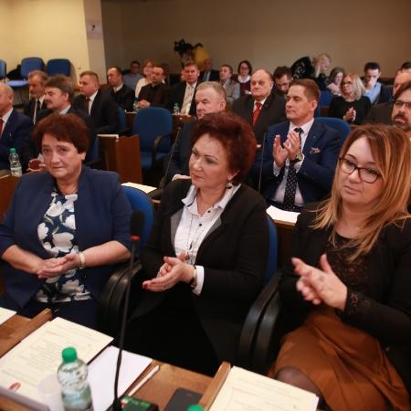 I sesja Rady Powiatu kadencji 2018-2023 i pierwsze decyzje Radnych