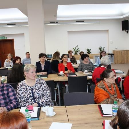 """Konferencja pn. """"Umiejętności komunikacji interdyscyplinarnej w pracy z trudnym klientem"""""""