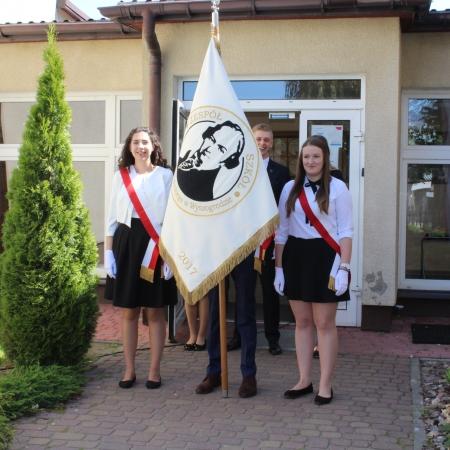 Pożegnanie absolwentów Zespołu Szkół im. Jana Śniadeckiego w Wyszogrodzie