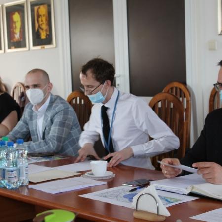 Posiedzenie Powiatowego Zespołu Zarządzania Kryzysowego ws. ptasiej grypy