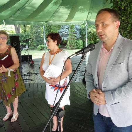 """V Przegląd Amatorskich Zespołów Artystycznych """"Mikrofon Seniora"""""""