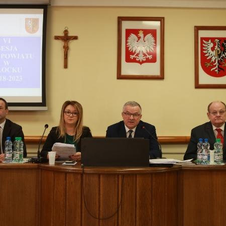 VI sesja Rady Powiatu w Płocku. Apel Radnych o udrożnienie Wisły